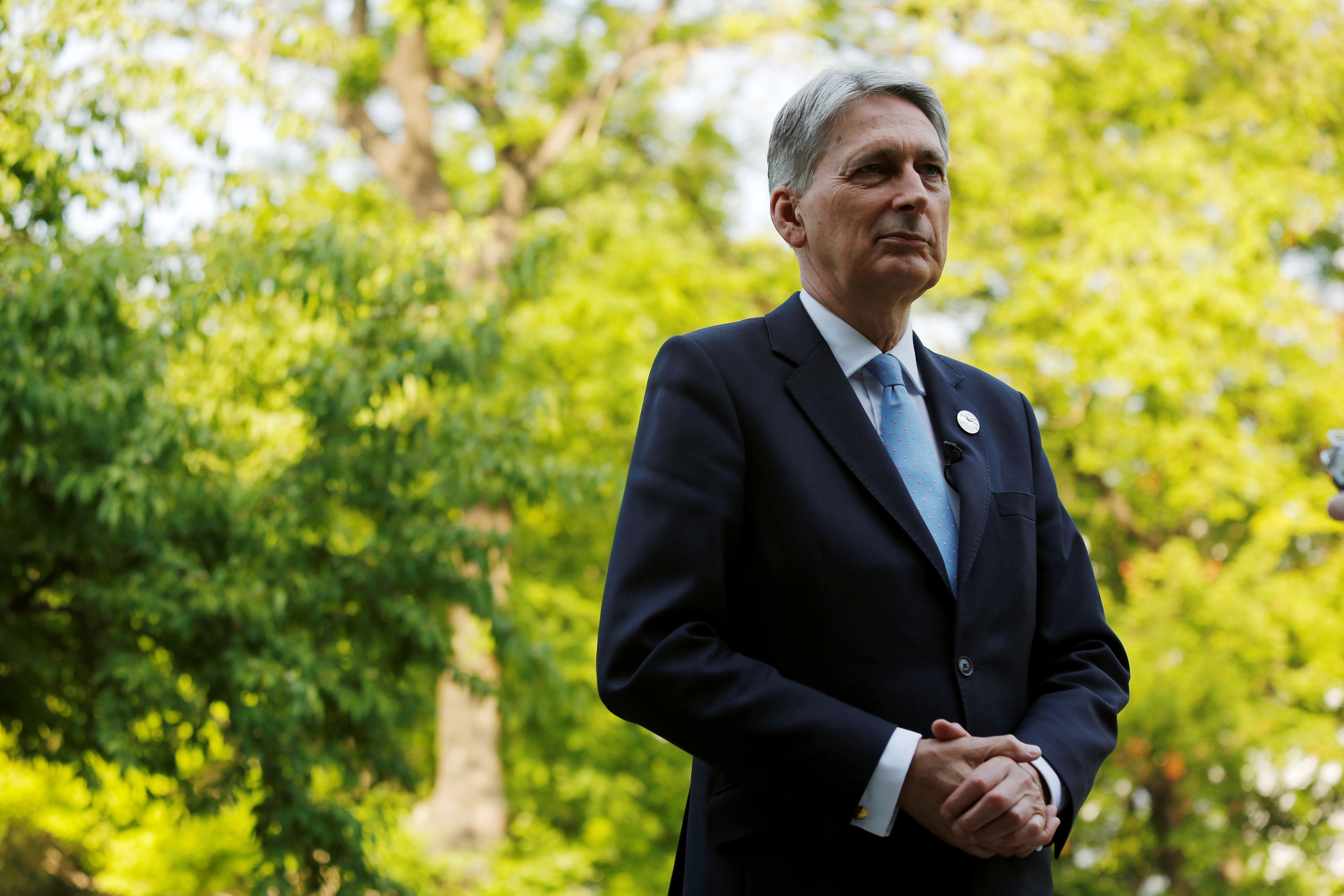 Hammond optimistic of finding Brexit compromise with Corbyn's Labour