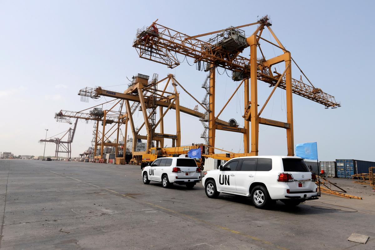 Yemen's Houthis start withdrawal from Hodeidah ports in boost to peace deal thumbnail
