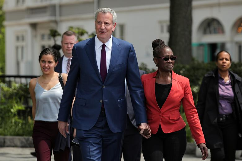 New York Mayor de Blasio Defends His Wife's $2 Million-a-Year Staff of Fourteen After She Was Criticized When 22,000 City Jobs Are Set to be Cut
