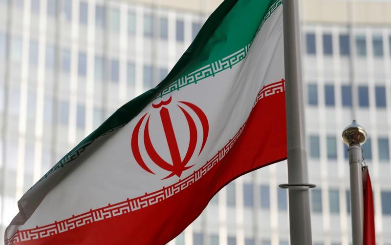 Iran's crude exports slide to 500,000 bpd or less: sources - Reuters