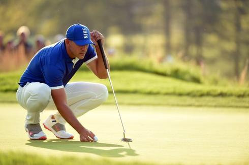 Koepka leaves field looking up at him at PGA Championship