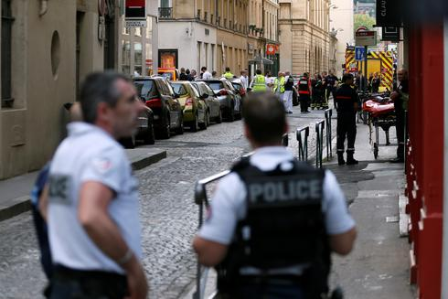 Suitcase bomb in Lyon
