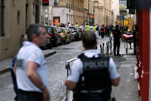 Suitcase bomb in Lyon