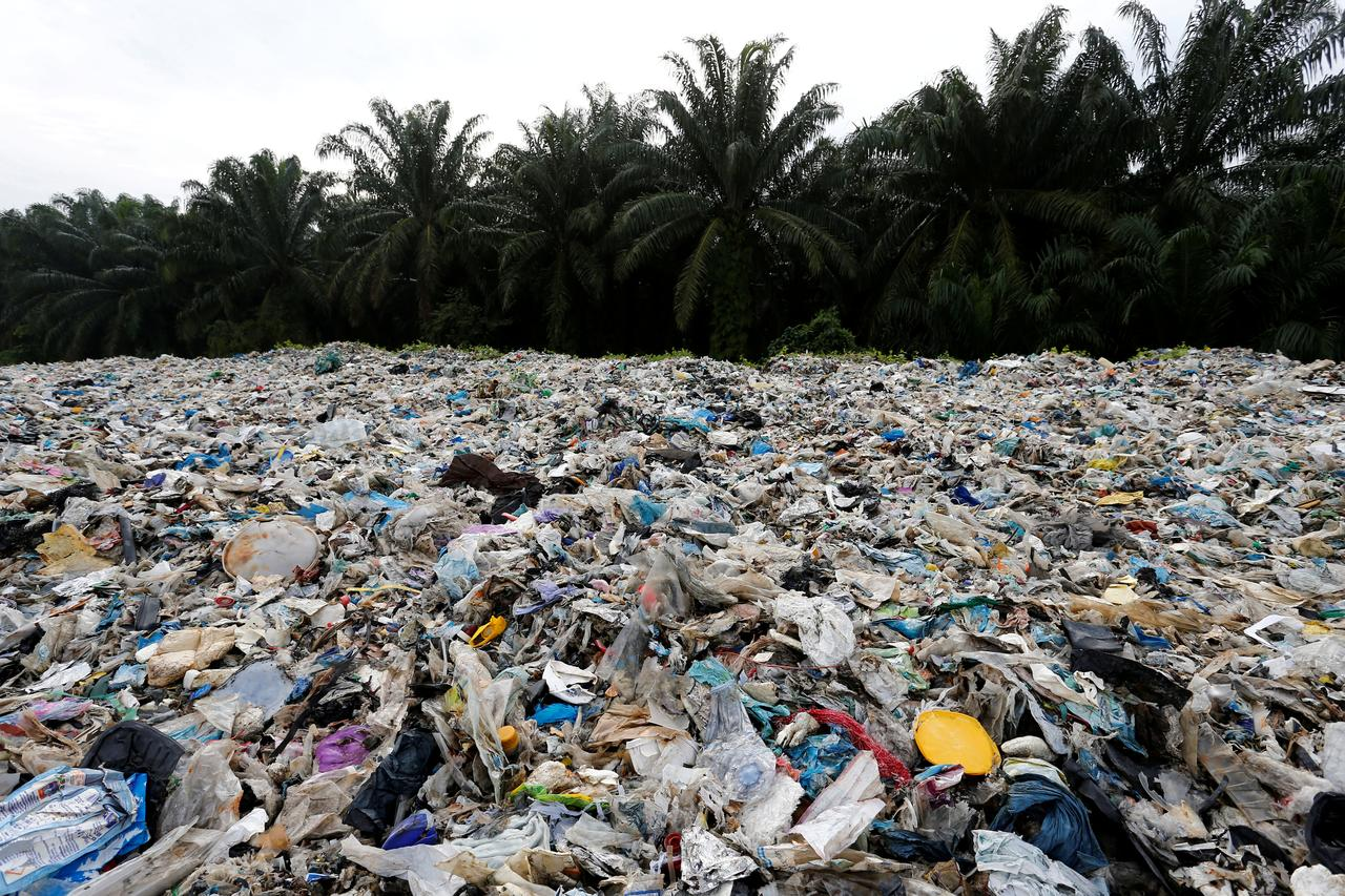 Malaysia to send 3,000 tonnes of plastic waste back to countries of