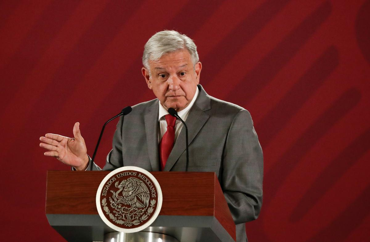 Mexico president says to respond prudently to Trump threats, urges national unity