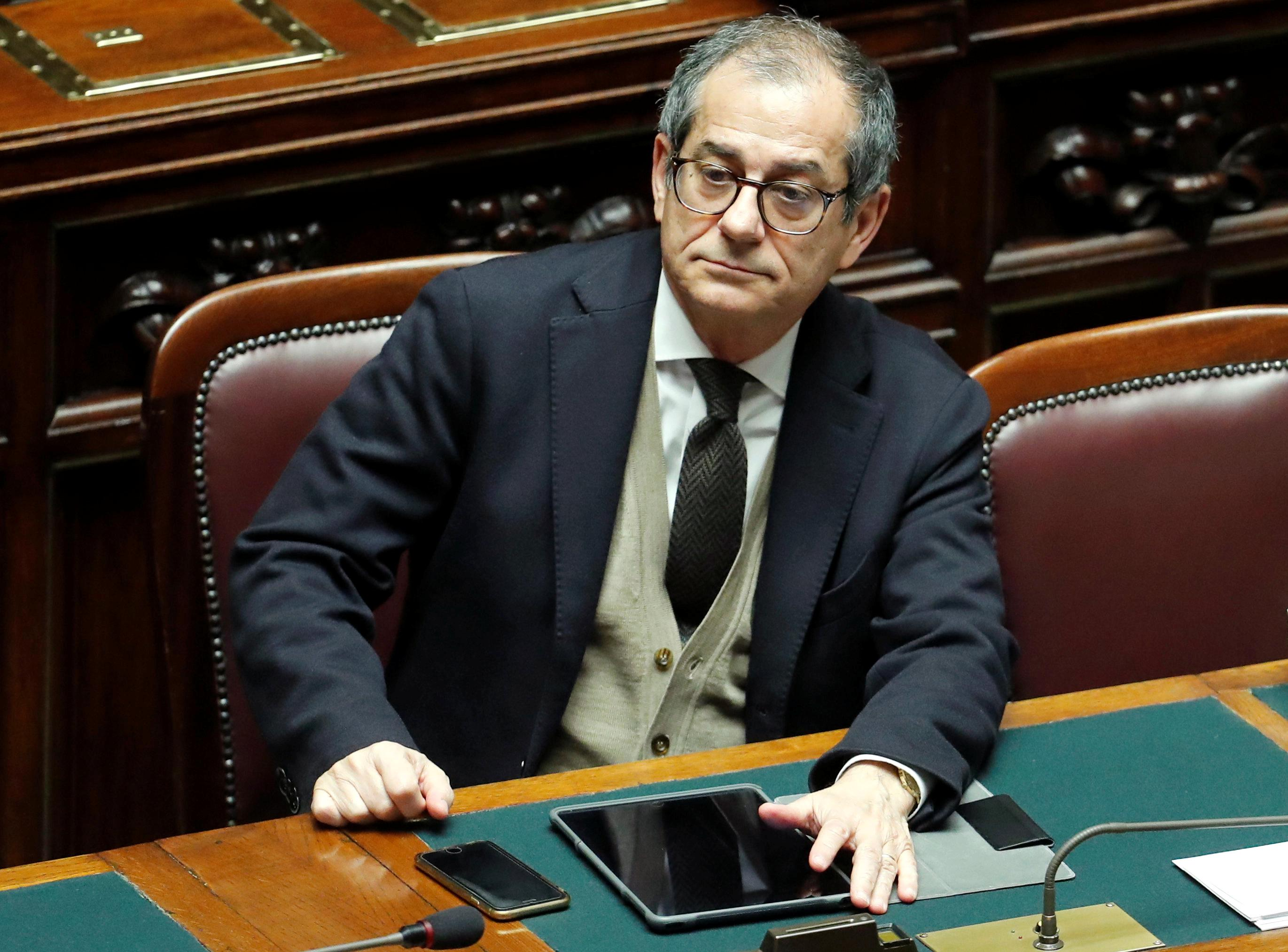 Italy promises to obey EU fiscal rules as debt rises