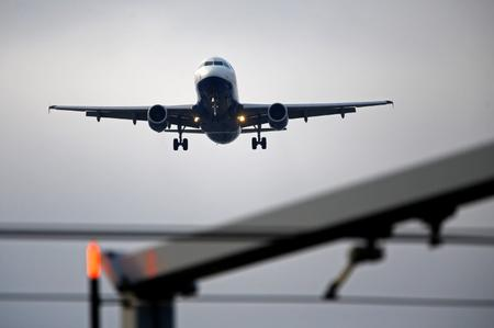 Global airlines slash profit forecast 21% on protectionism fears