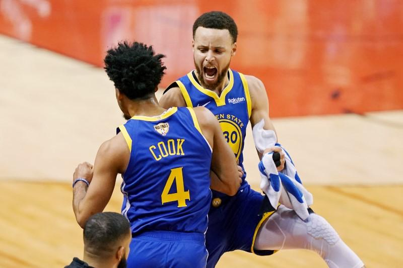 Curry S Nba Finals Mvp Odds Strengthen Reuters