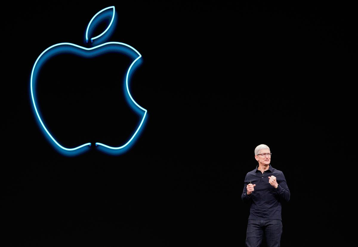 Apple CEO Cook says he doesn't see China targeting Apple in U.S.-China trade dispute