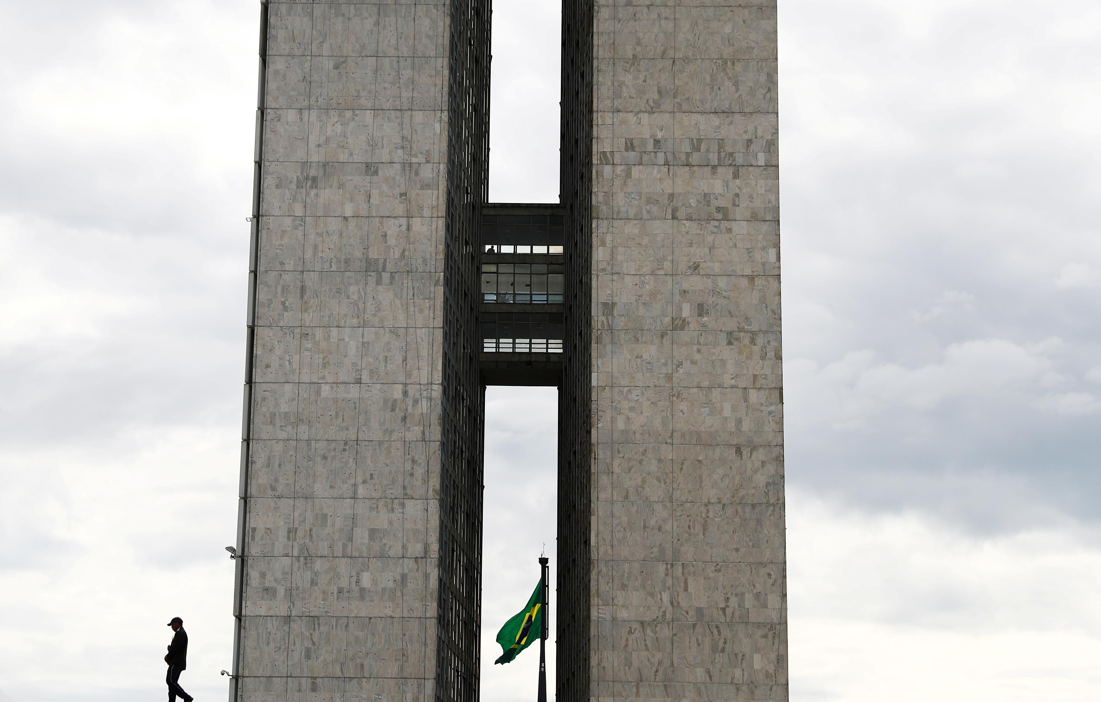 Brazil's Congress grants lawmakers greater say on federal budget