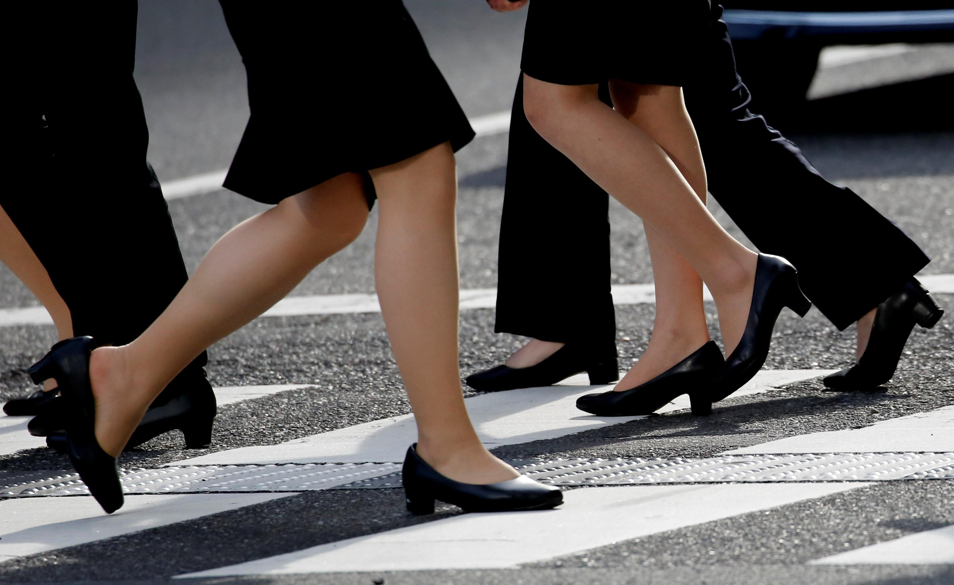 ce20103cd70 Japanese minister responds to #KuToo campaign by saying high heels ...