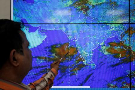 India evacuates hundreds of thousands as cyclone Vayu builds fury