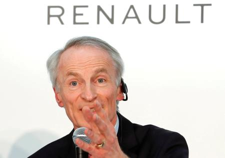 Exclusive: Renault chairman weakened as Macron snubs meeting