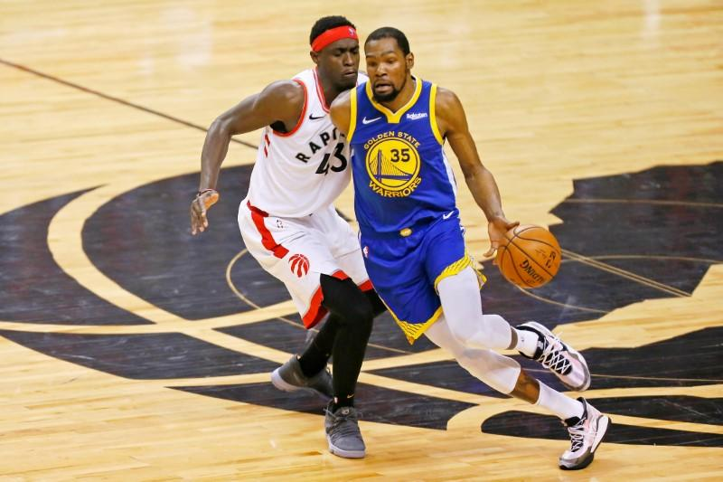 Report: Durant views staying with Warriors as 'last resort'