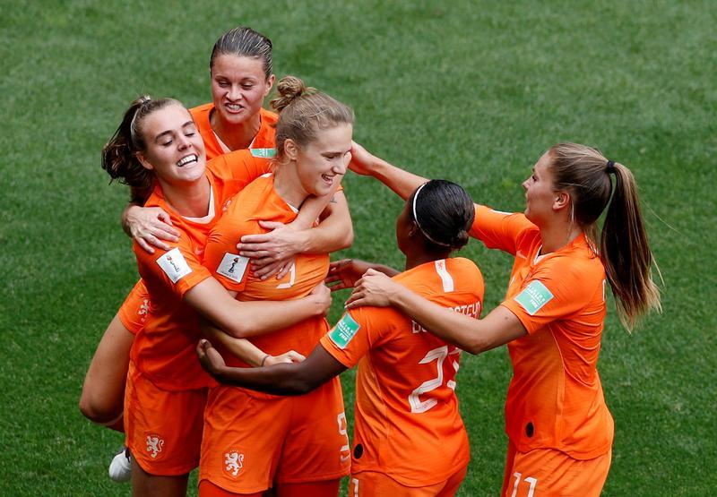 """Résultat de recherche d'images pour """"Pays-bas W 3:1 Cameroun W"""""""