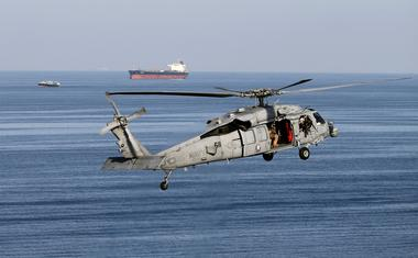 アングル:ホルムズ海峡商船護衛、ゲリラ攻撃に打つ手は限定的