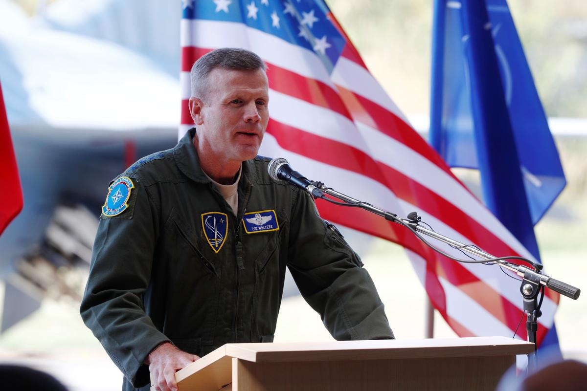 U.S. and Turkey in close touch on S-400/F-35 dispute: NATO commander