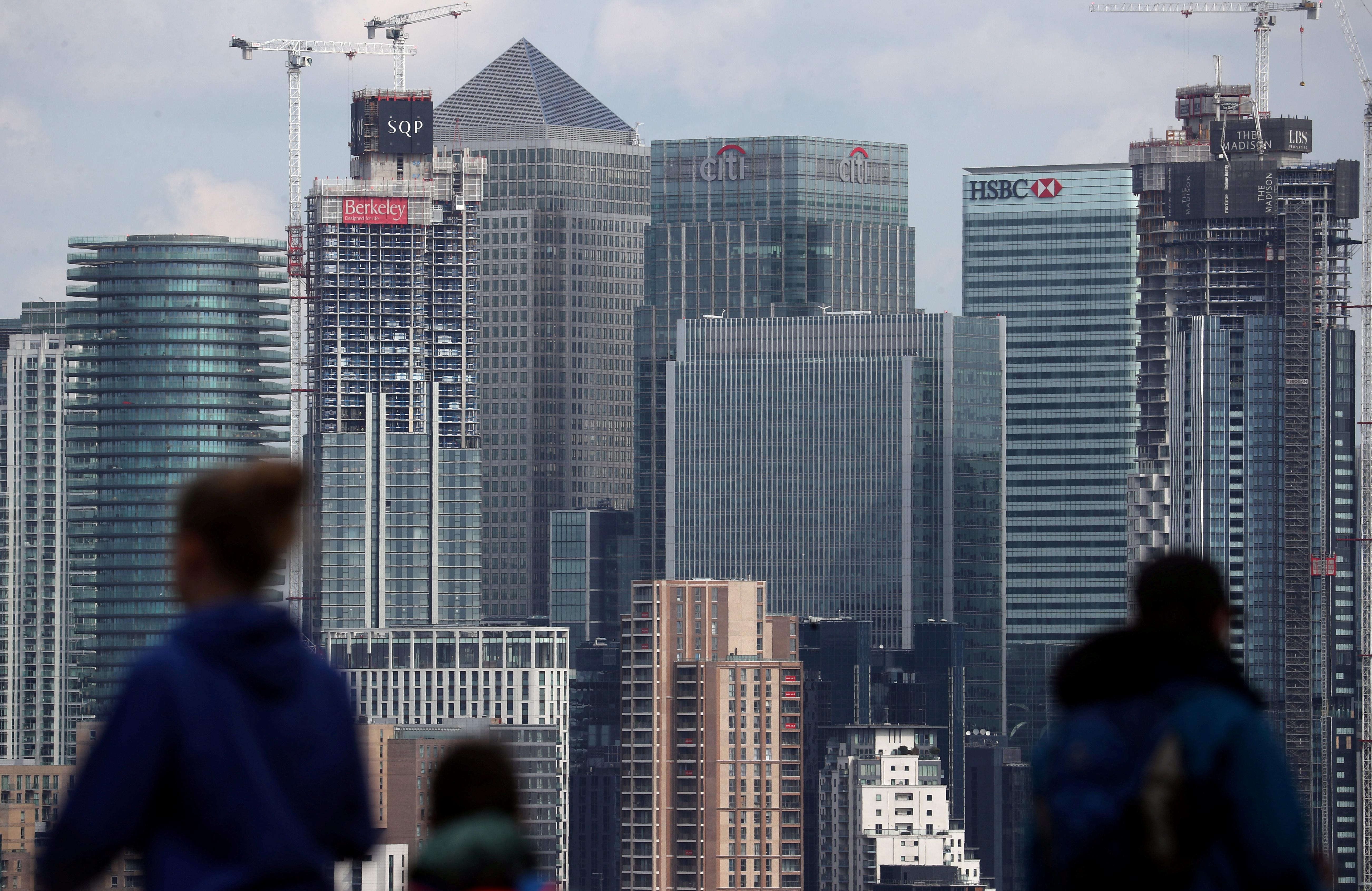 Two-notch UK rating cut 'outlier scenario', Fitch says