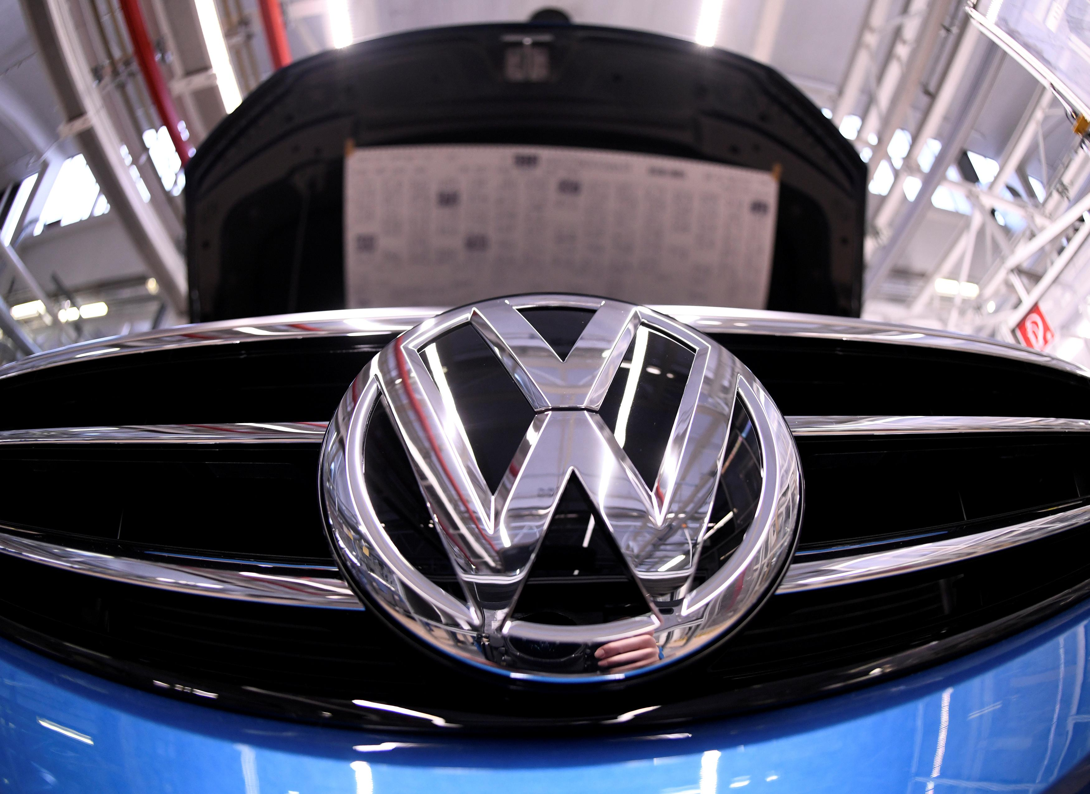 Czech owners of Skoda, Volkswagen cars qualify for $23 million compensation, court says