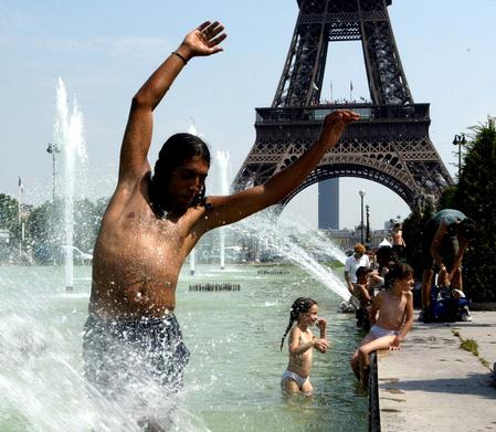 France prepares to swelter in record high June temperatures
