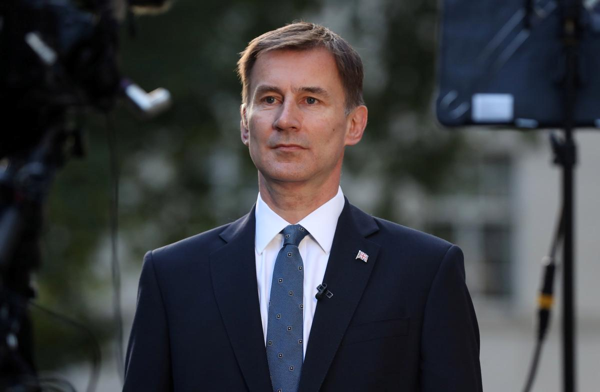 UK foreign minister Hunt says cannot envisage joining U.S.-led war with Iran