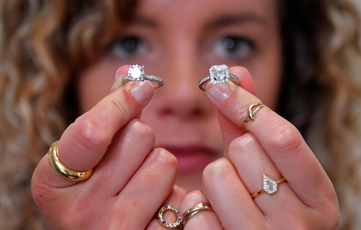 Hammers, chisels and a microscope: inside a diamond jewelery workshop