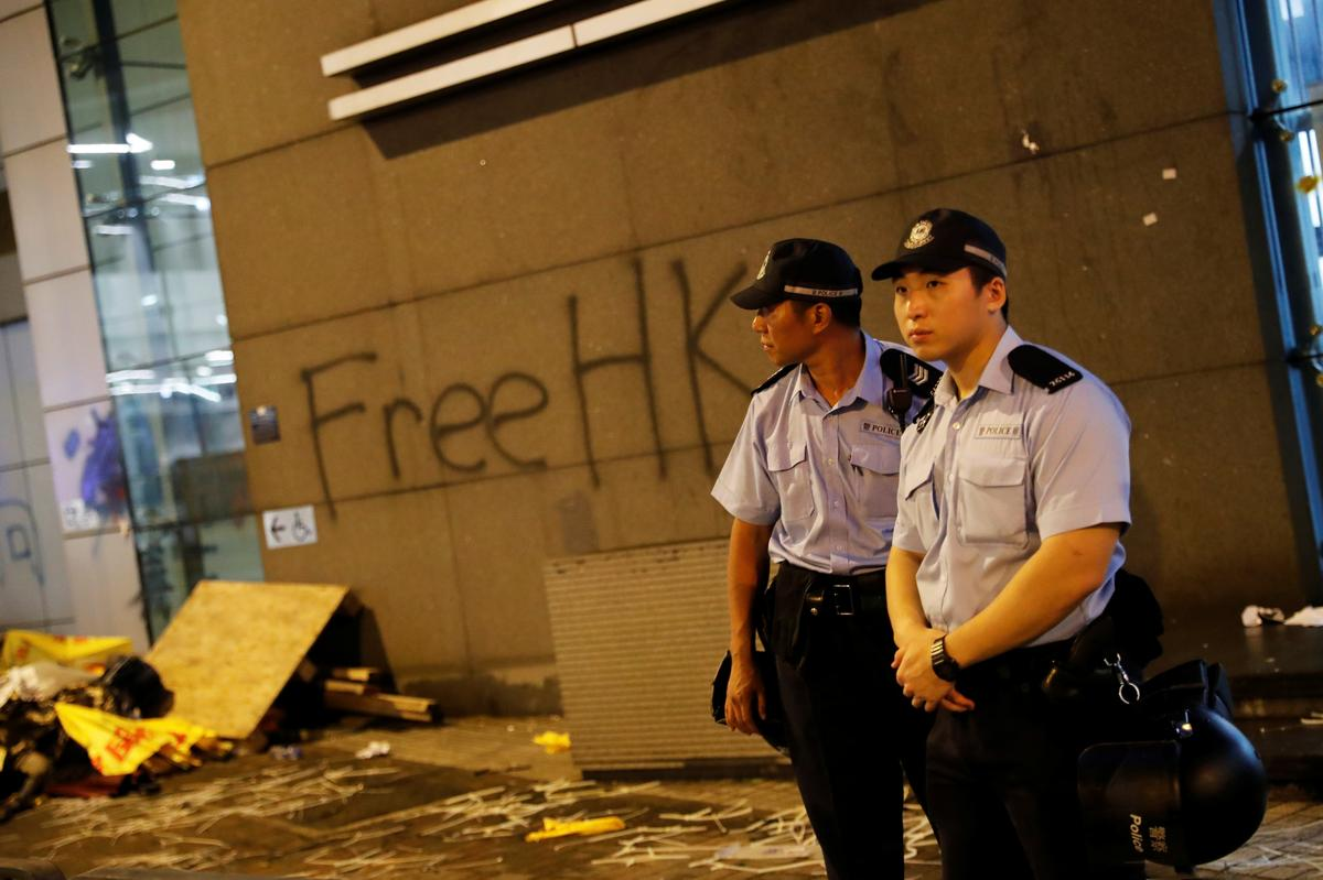 Hong Kong prepares for pro-democracy march amid extradition bill anger