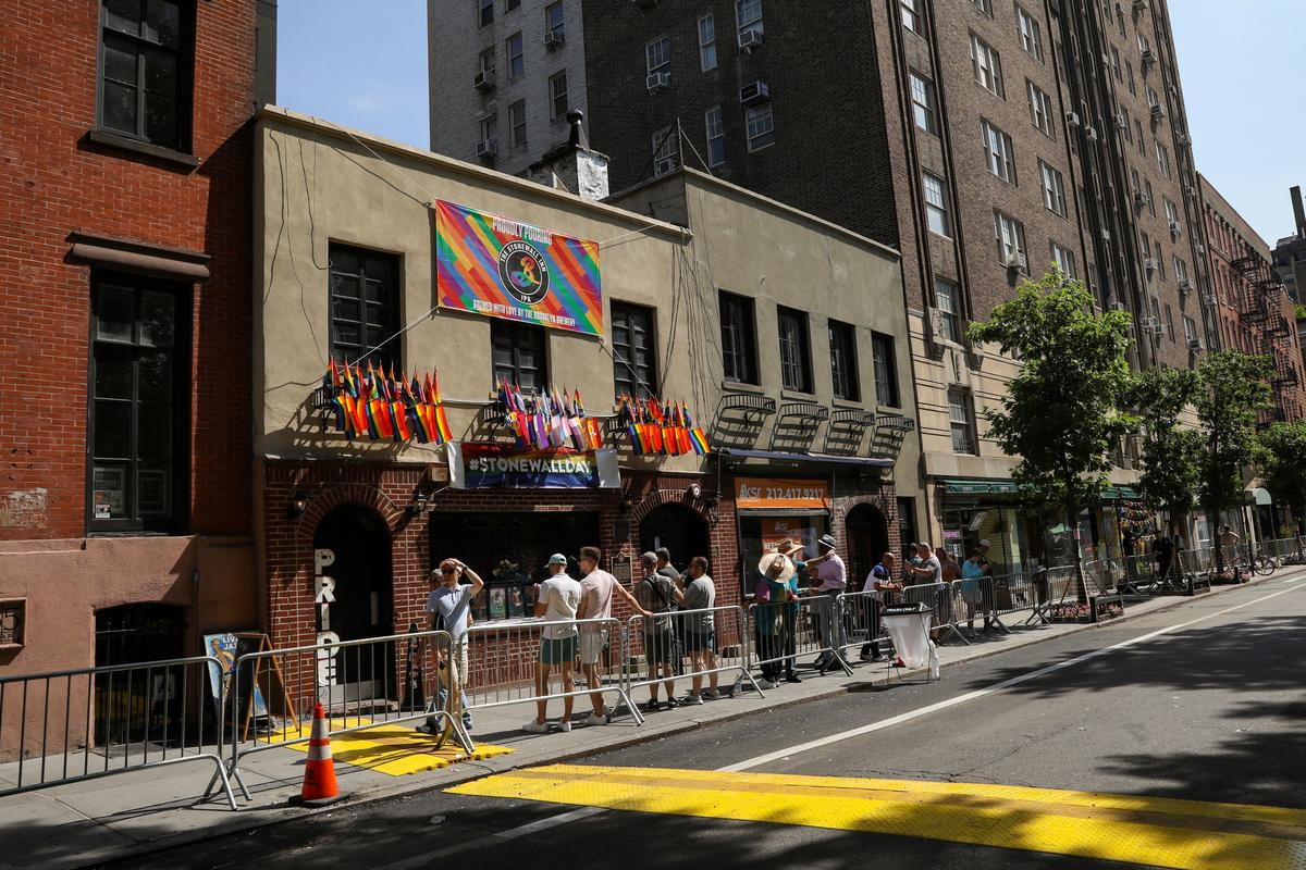 QnA VBage Tensions between trans women and gay men boil over at Stonewall anniversary