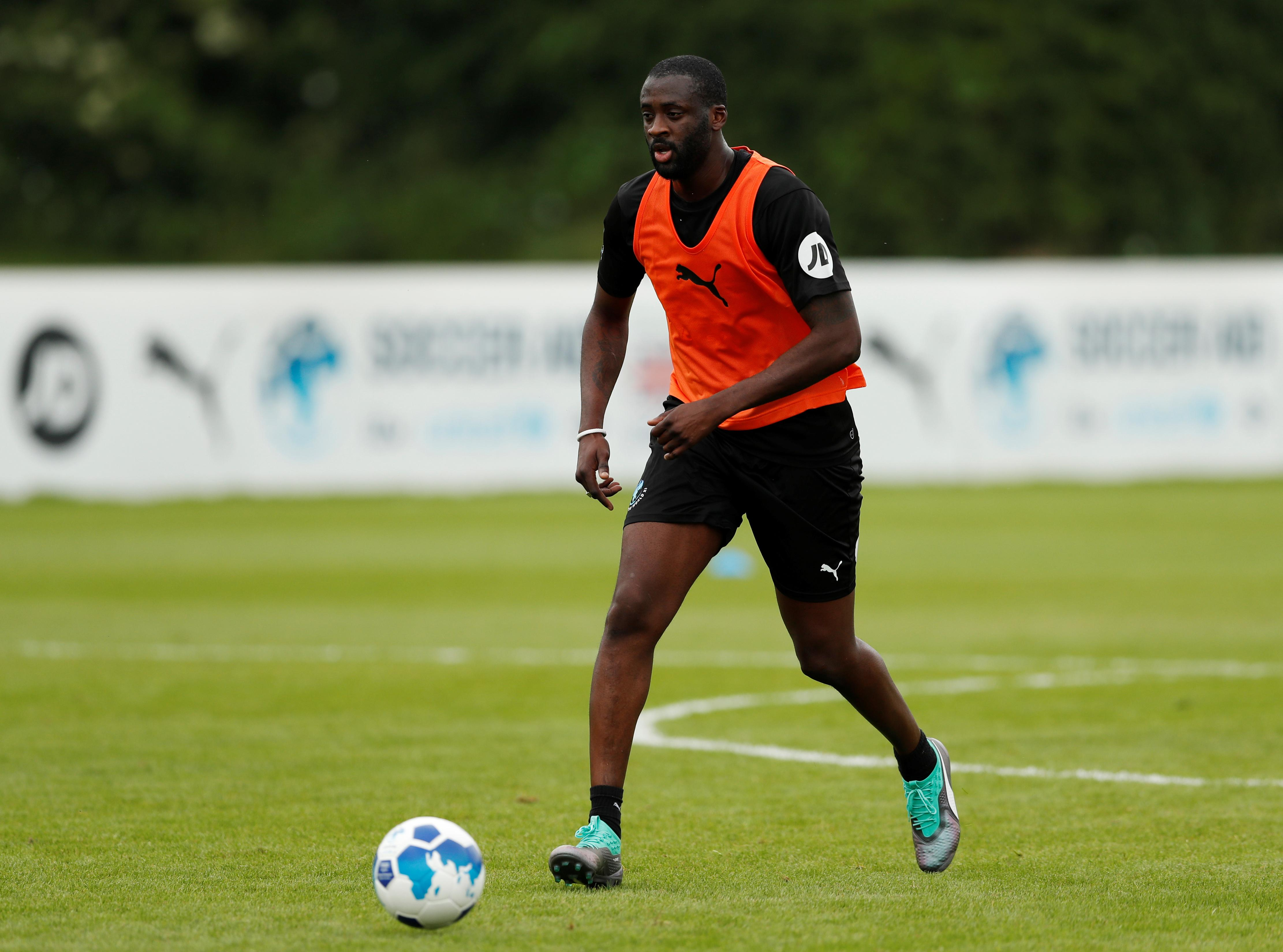Toure signs for Chinese second tier club Qingdao