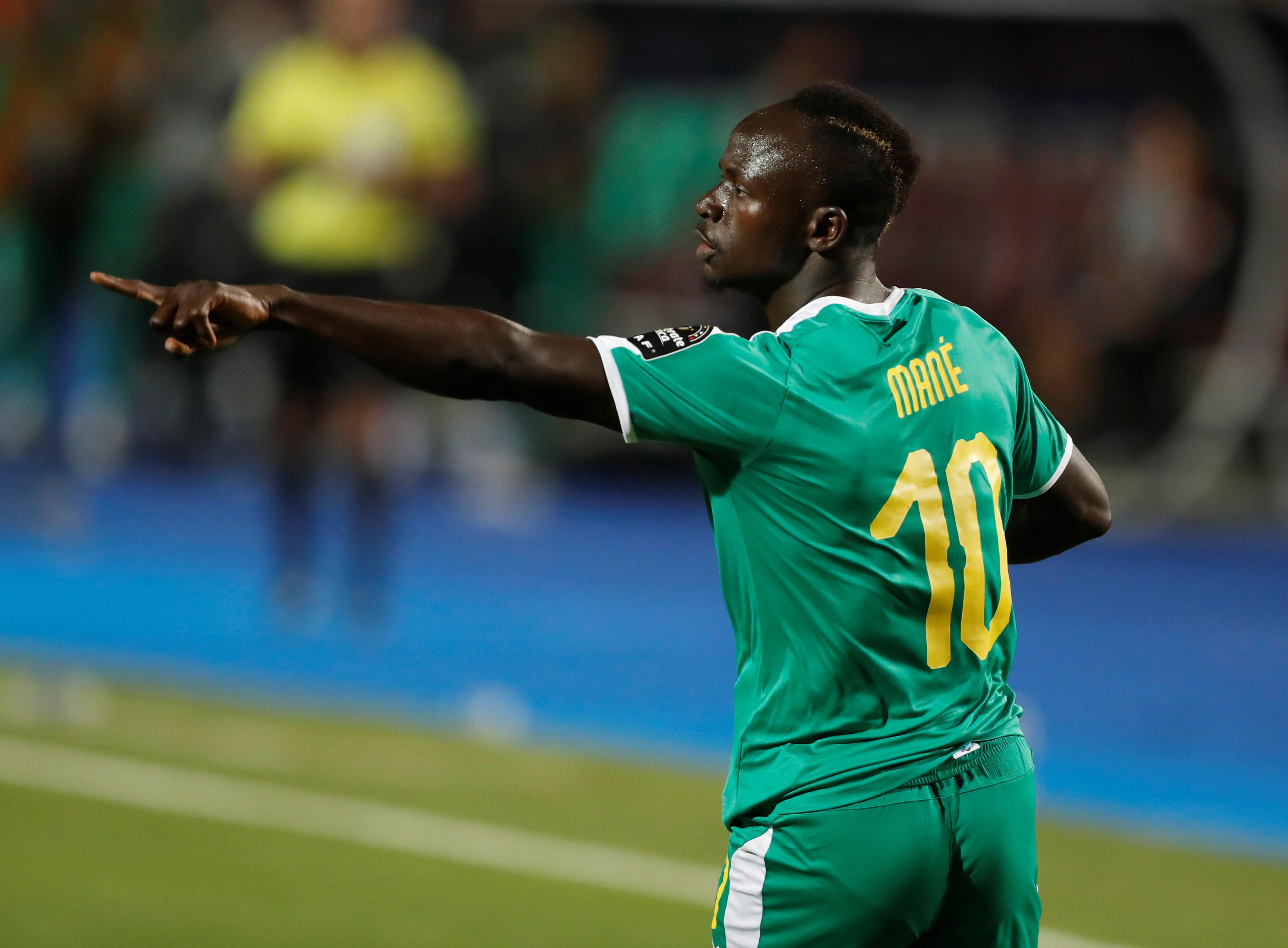 Mane scores and misses penalty as Senegal end Uganda's run