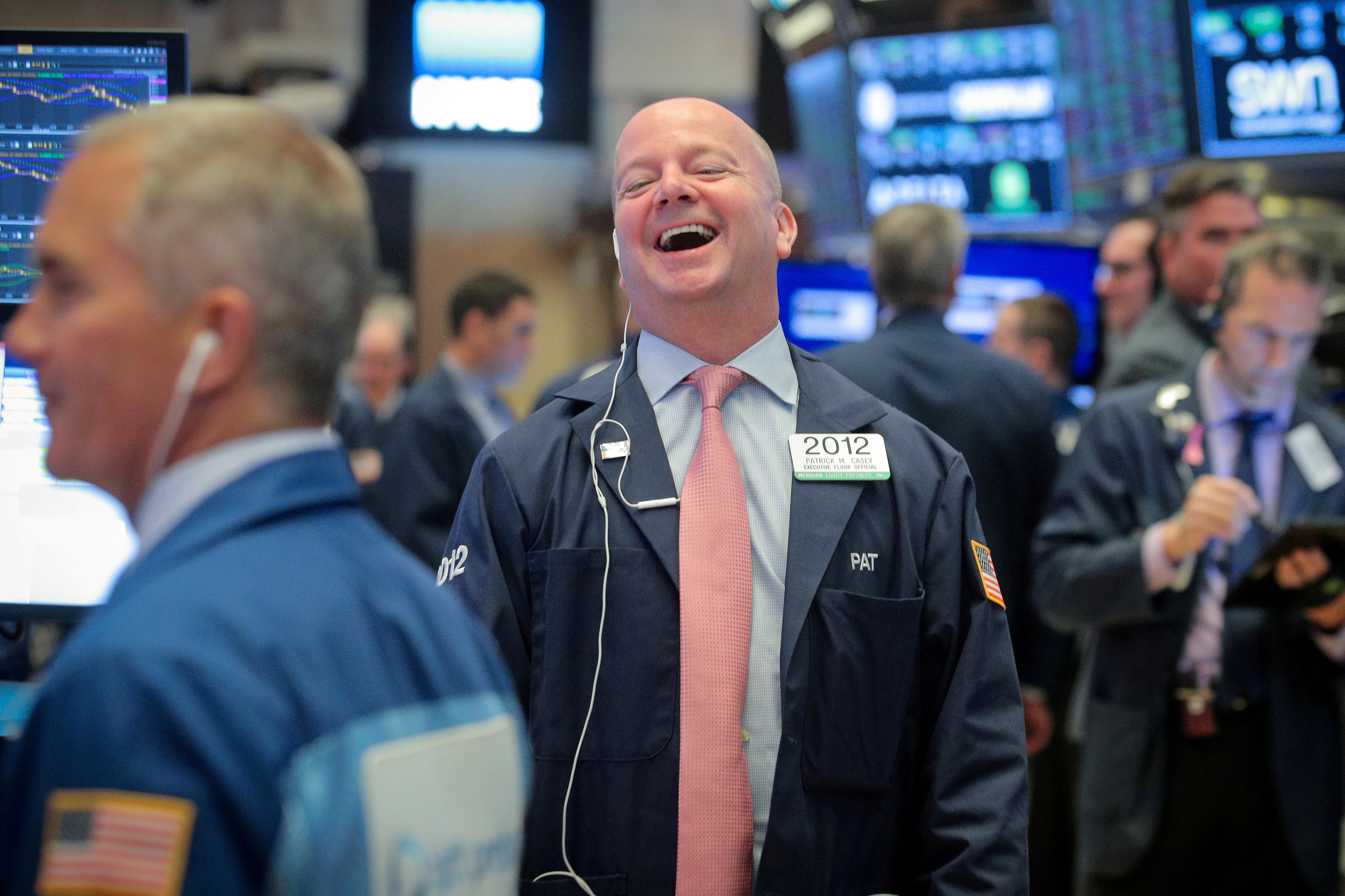 Les stocks baissent alors que les tensions commerciales menacent les bénéfices