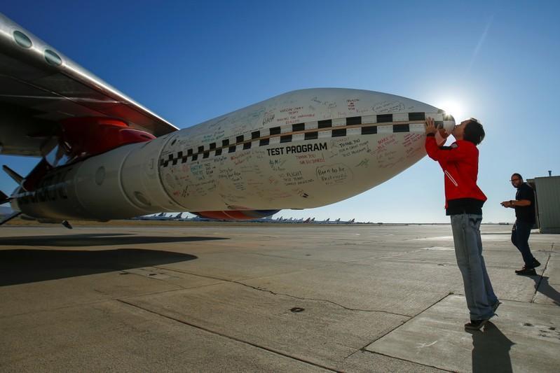 Branson's Virgin Orbit moves closer to commercial satellite launch