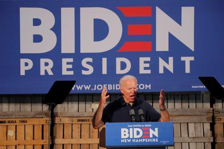 Democratic presidential hopefuls spend heavily on digital ads, staff