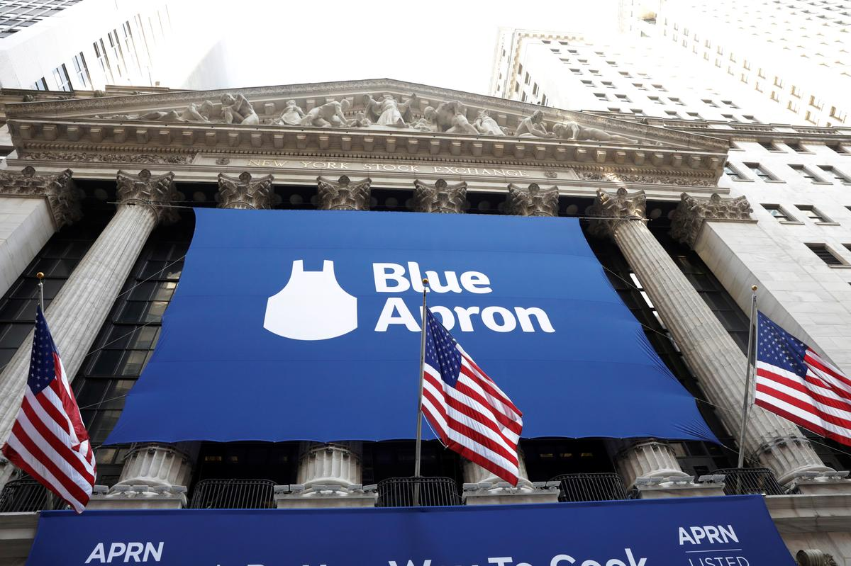 Blue Apron beefs up menus with Beyond Meat burgers, shares rise