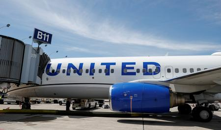 United tops profit estimates as MAX woes prompt higher fares in robust travel market