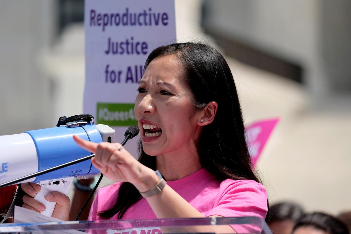 Head of Planned Parenthood groups departs, cites differences over abortion