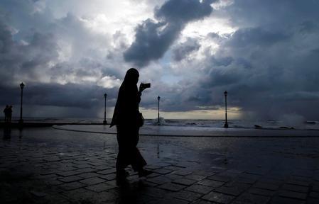 India's monsoon rains below average in past week, raising crop worries
