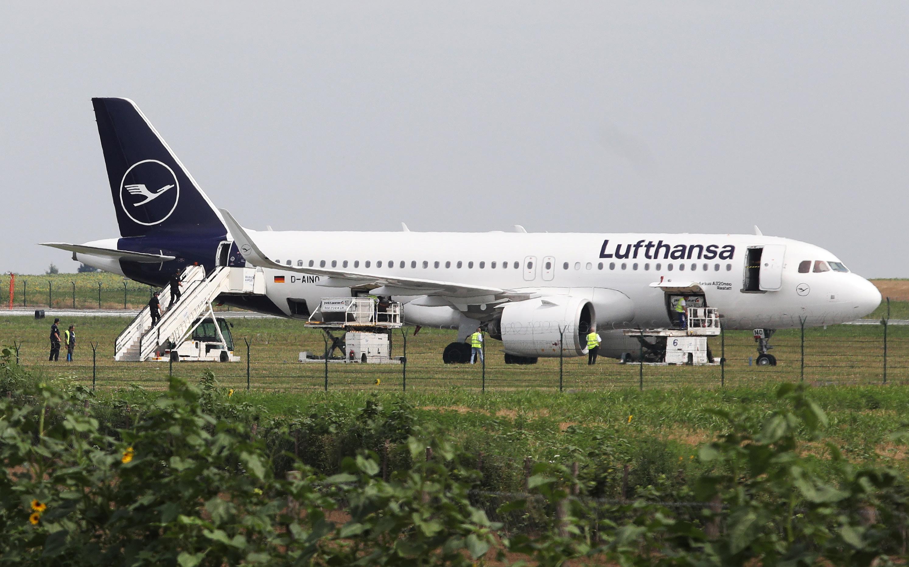 Serbian interior ministry says Lufthansa bomb threat was fake
