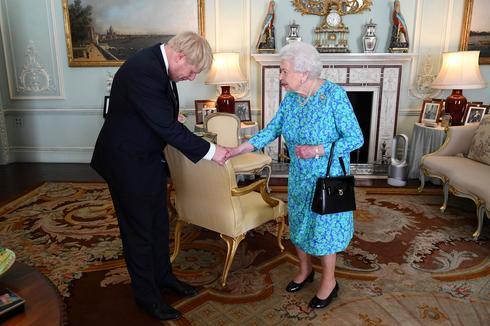 Boris Johnson becomes UK prime minister