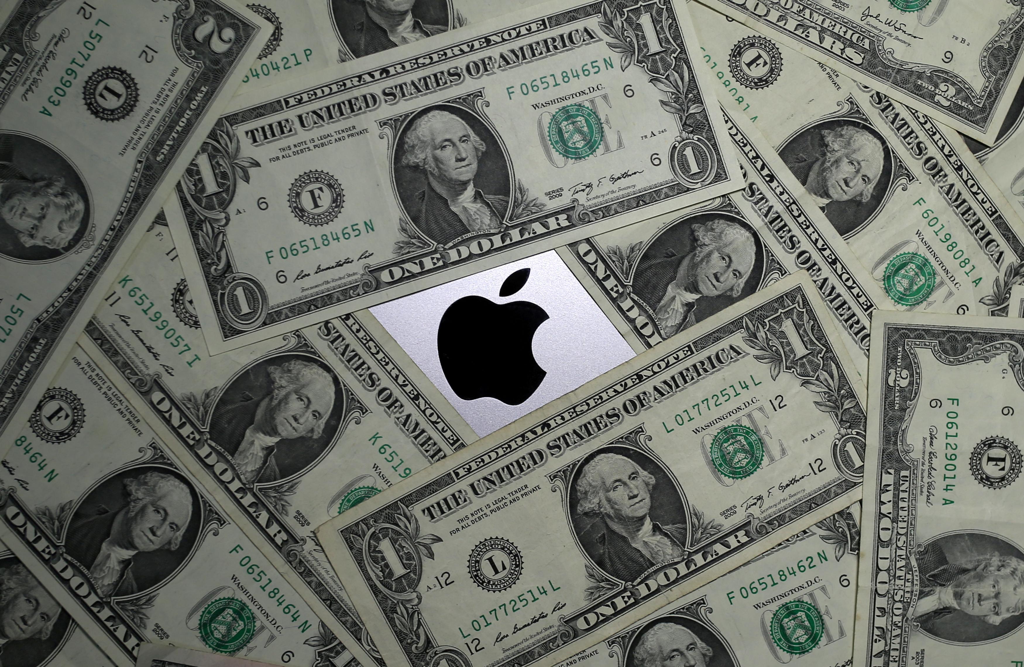 Apple prévoit un chiffre d'affaires élevé alors même que les iPhones chutent à moins de la moitié des ventes