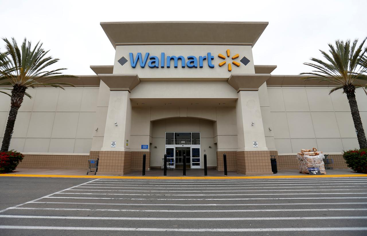 Walmart faces pressure to stop gun sales after latest U S
