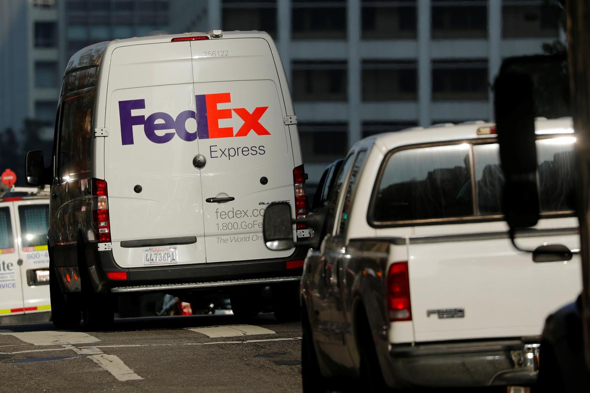 FedEx to end ground-delivery partnership with Amazon