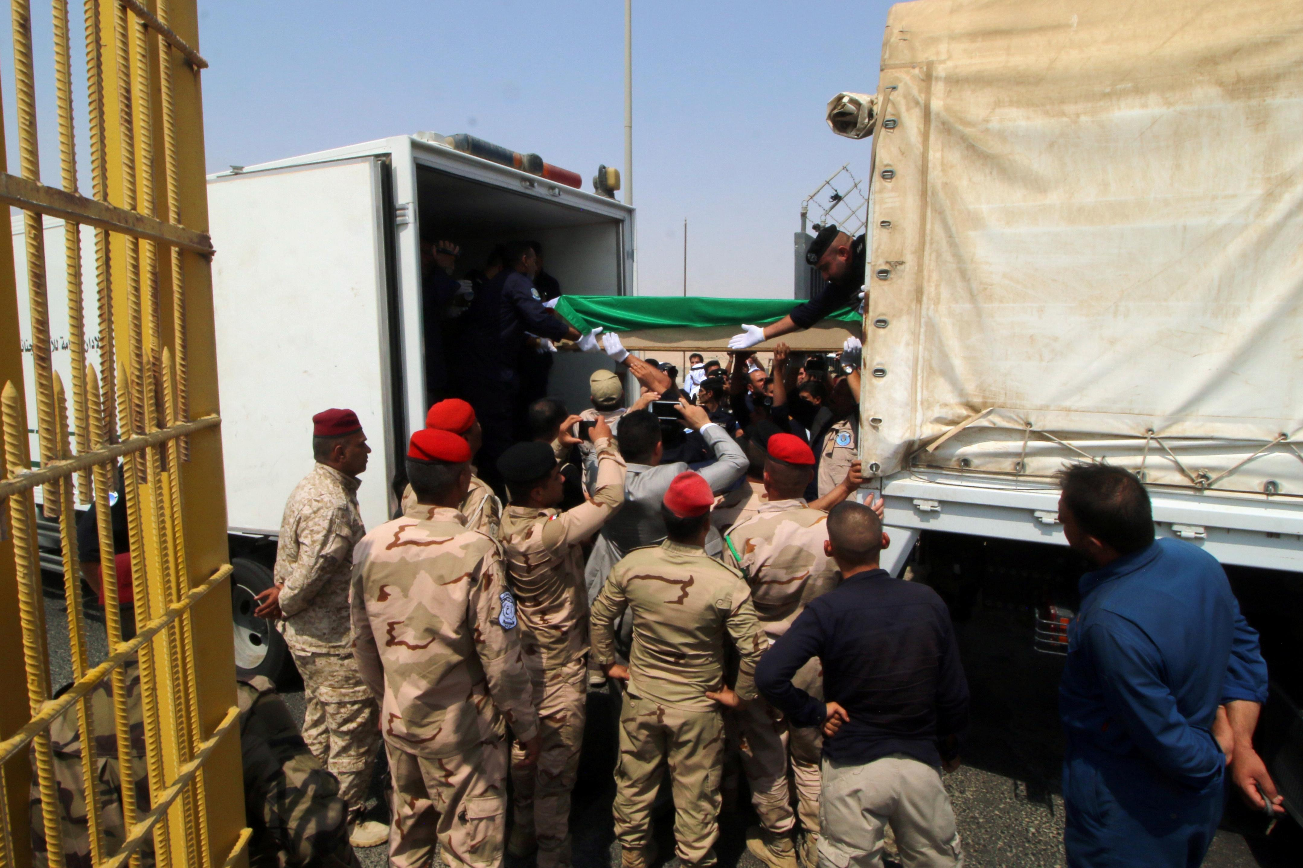 Iraq hands over human remains to Kuwait