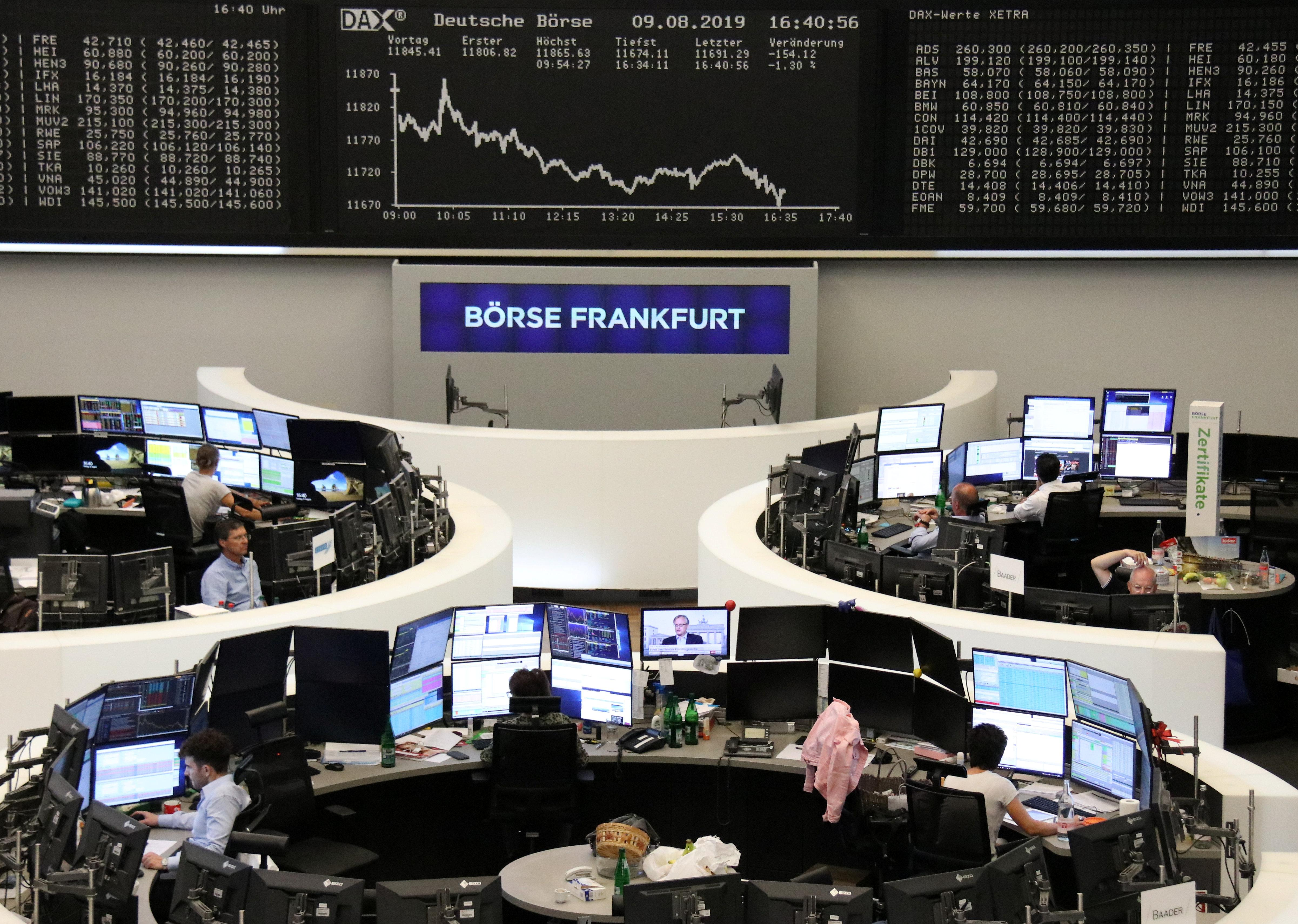 Italy leads European shares lower on political uncertainty