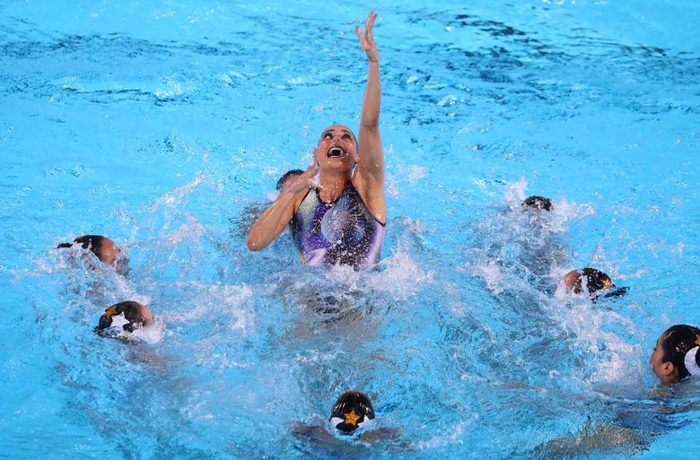 Equipo de México en acción durante la final de rutina libre del equipo de natación artística. REUTERS / Pilar Olivares