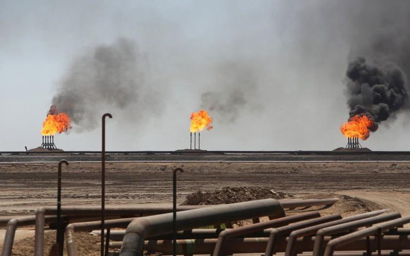 Iraq says Eni, BP deal doesn't mean Exxon excluded from