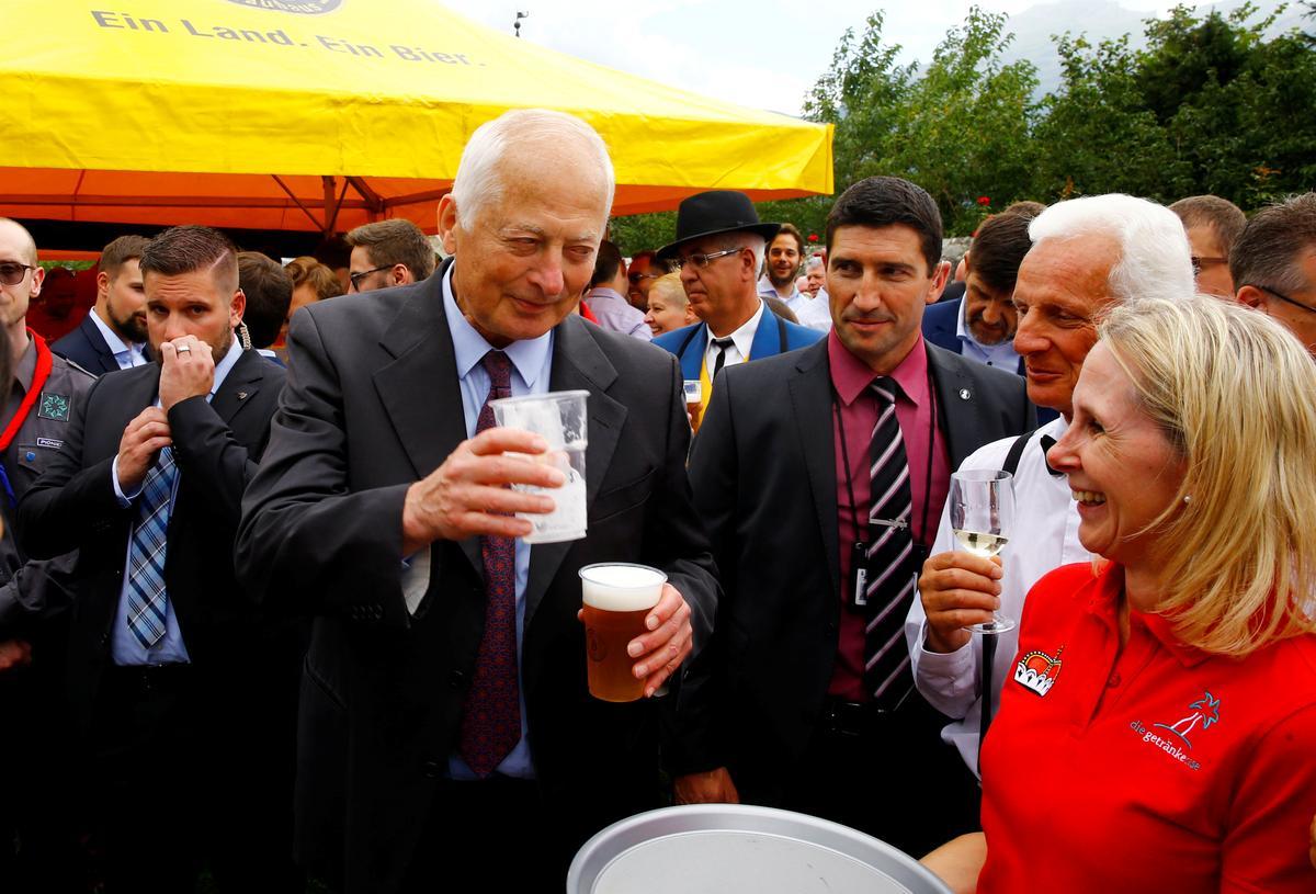 Beer with the prince: Liechtenstein marks 300th anniversary
