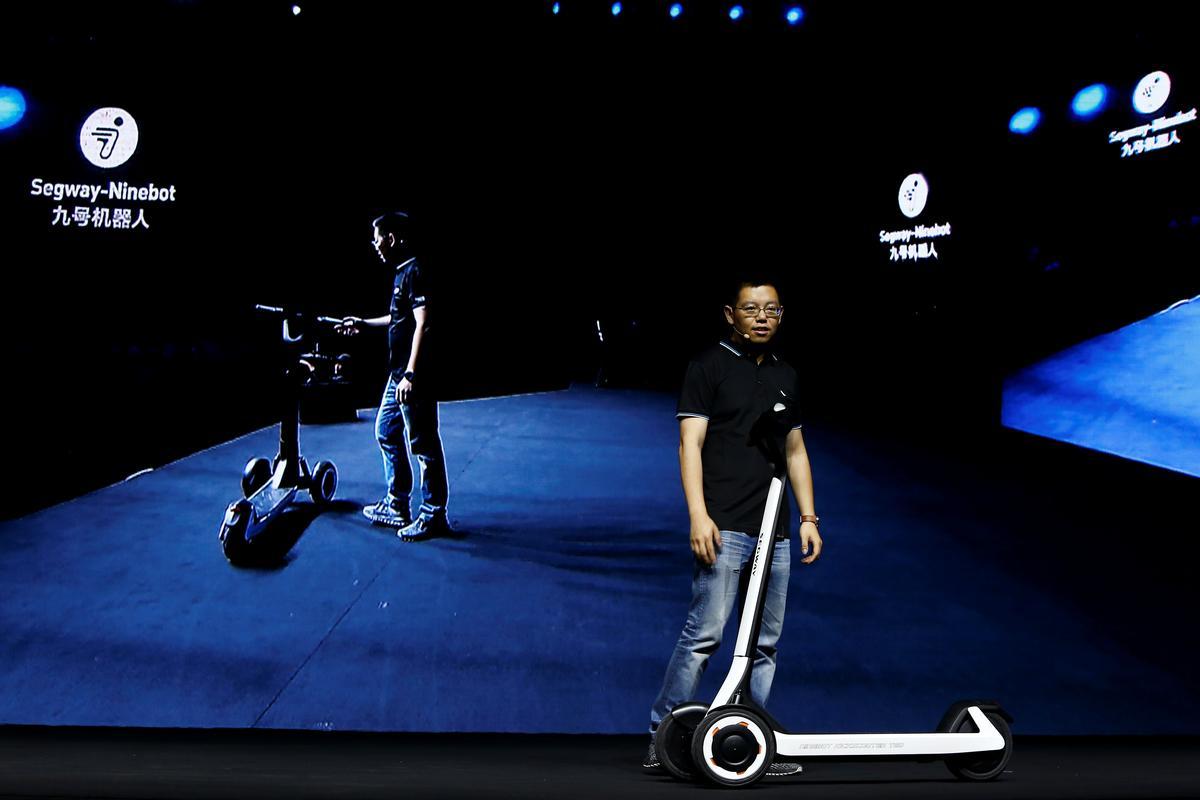 China se Ninebot onthul bromponies wat hulself na laaistasies ry