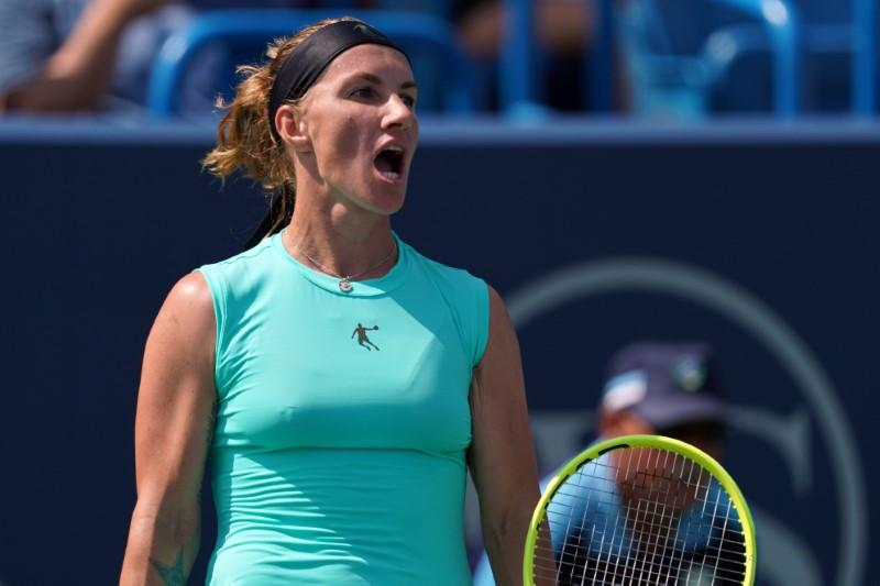 Kuznetsova stuns Barty to set up finals clash with Keys