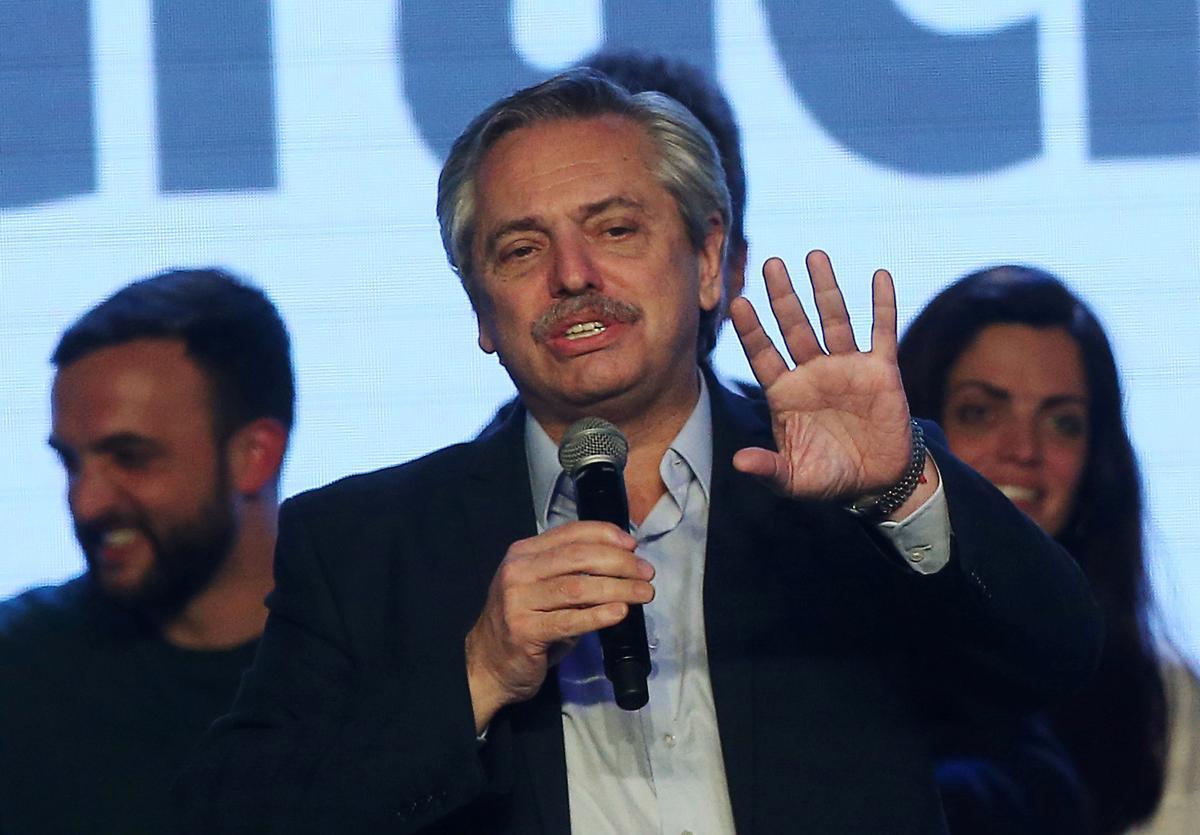 Fernandez, Argentinië, sê die land sal sukkel om die lening van die IMF terug te betaal, moet weer onderhandel